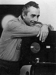 Pera Film�de Antonioni: Sessizli�in G�r�lt�s�