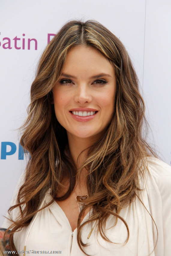 Alessandra Ambrosio free wallpapers,stars and archive free wallpaper
